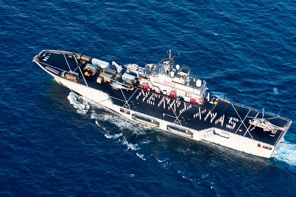 Risultati immagini per natale marina militare